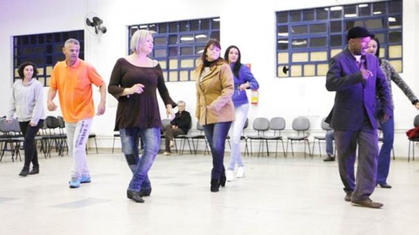 Guarulhos recebe a 2ª edição do Baile Balada no sábado