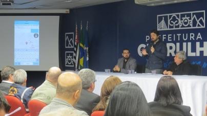 População poderá denunciar falta de iluminação pública e buracos em vias no app 'Cuida Guarulhos'