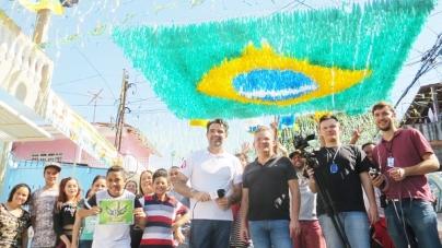 Rua João Rossi é a campeã do concurso 'Folha na Copa'