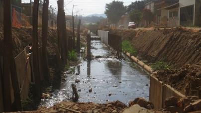 Obras de pavimentação na avenida Minas Gerais serão retomadas neste mês