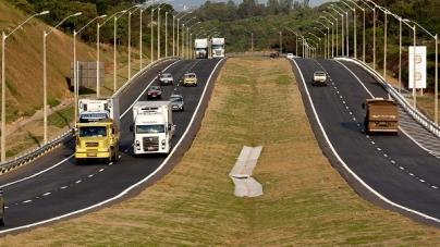 Arteris Fernão Dias instala sistema de iluminação em LED na BR-381