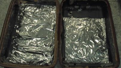 Polícia Federal prende 3 pessoas e apreende mais de 11kg de drogas