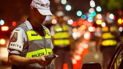 Blitz da Lei Seca do Detran autua quatro motoristas em Caieiras