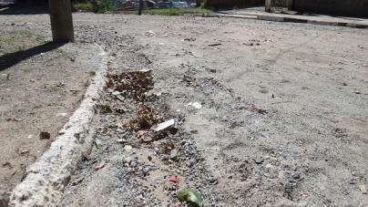 Vias sem asfalto prejudicam população