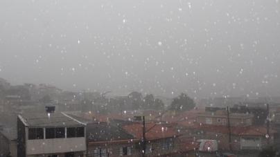 Chuva forte causa estragos em Guarulhos