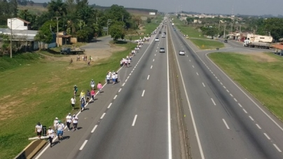 CCR NovaDutra inicia campanha de orientação sobre a presença de romarias a pé na via Dutra