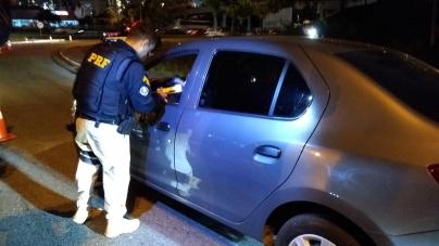 Blitz da Lei Seca fiscaliza 593 e autua 51 motoristas embriagados