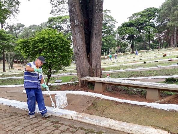 Cemitérios têm zeladoria reforçada para o Dia de Finados