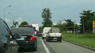 CCR NovaDutra orienta motoristas sobre o uso correto do acostamento