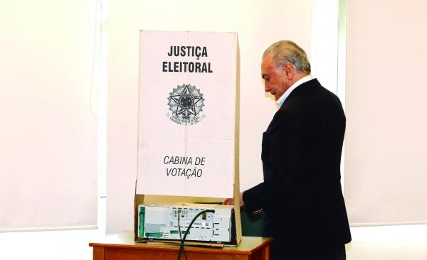 Temer: tenho convicção de que Bolsonaro fará um governo de muita paz e harmonia