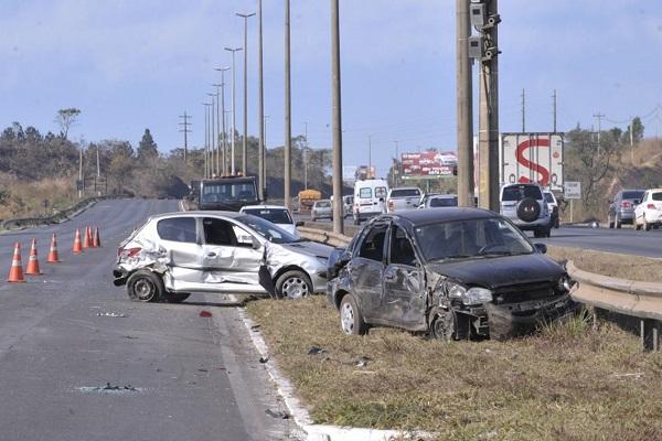 Mortes em rodovias federais caíram 15% neste ano, registra PRF