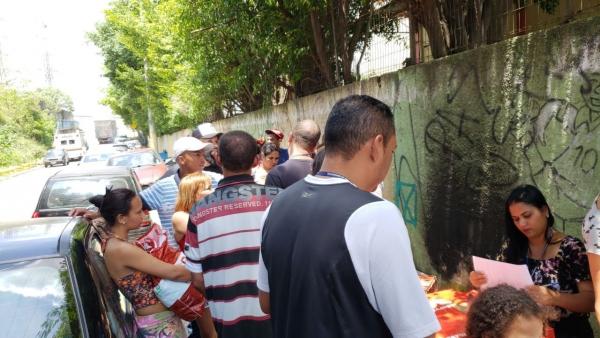 Prefeitura atende famílias da comunidade Brasileira afetadas pelo incêndio