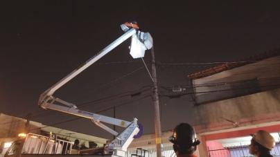 Em uma semana, 0800 da iluminação pública recebe mais de 100 ligações