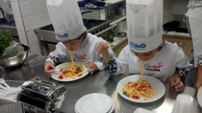 """Univeritas/UNG realiza a """"Batalhas dos Chefinhos"""" com crianças da região"""