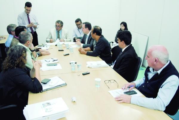 CEI que investiga decretos de Almeida recebe representantes da Fazenda