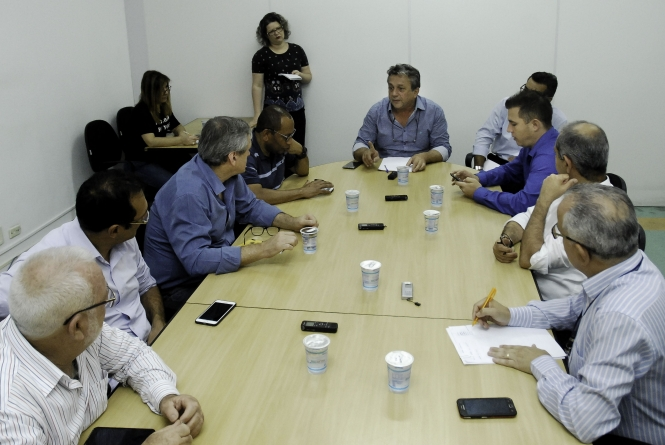 CEI que investiga irregularidades em decretos da gestão de Almeida se reúne amanhã