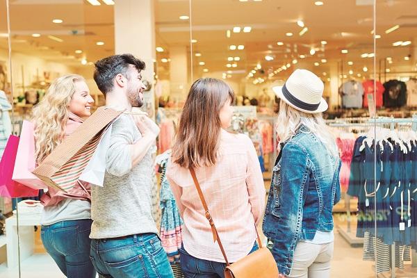 Mais de 70% dos empresários que vão aderir a Black Friday apostam na oportunidade de aumentar as vendas