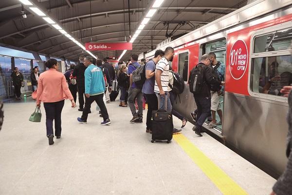 Sem interesse de empresas, CPTM estuda nova licitação para comércio nas estações da Linha Jade