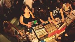 Sábado é dia de feira de discos de vinil em São Paulo
