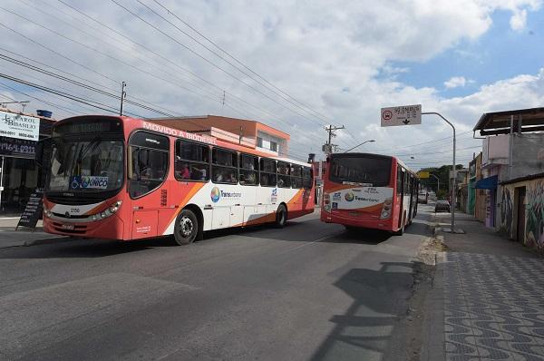 Com horário de verão, ônibus municipais circularão até as 2h de domingo