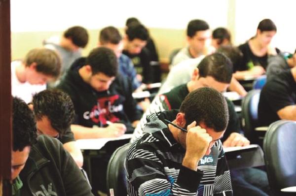 Escolas poderão considerar trabalhos voluntários feitos por estudantes