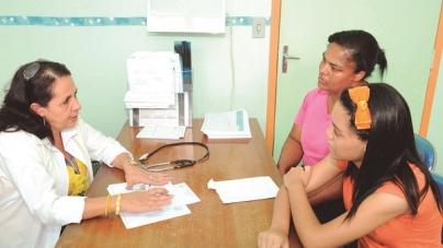 Inscritos no Programa Mais Médicos começam a se apresentar