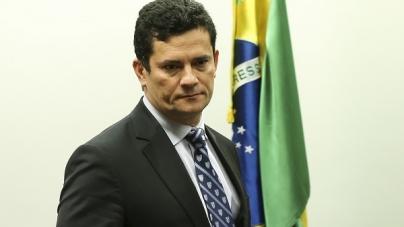 Bolsonaro diz que Moro terá 'liberdade' para escolher sua equipe