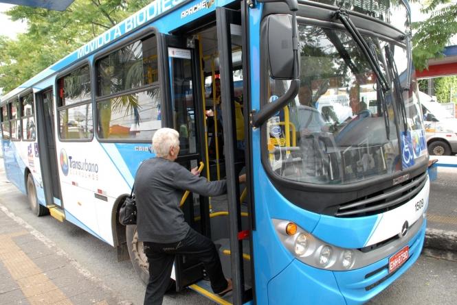 Três linhas de ônibus sofrem modificações de itinerário