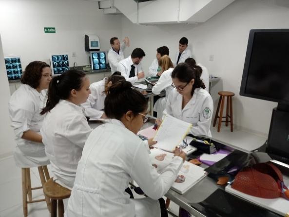 Guarulhos inicia terceira turma do curso de Medicina