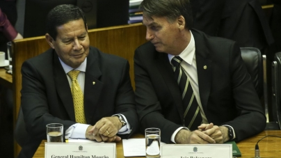 Bolsonaro promete que não haverá contingenciamento para Forças Armadas