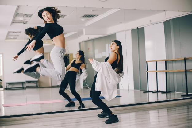 FMU oferece aulas gratuitas de zumba fitness e hidroginástica