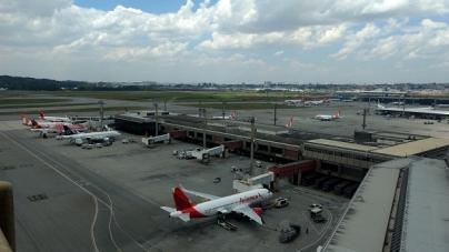 Aeroporto de Guarulhos tem mais da metade dos voos atrasados