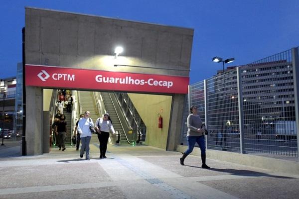 Tarifa de transporte público de São Paulo aumenta para R$ 4,25