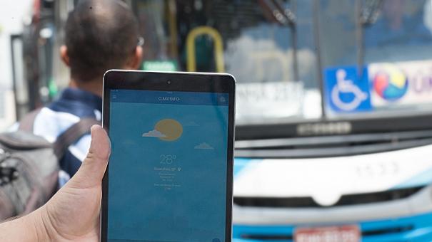 Ar-condicionado em ônibus custaria R$ 0,35 a mais em cada passagem