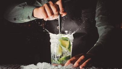 Bares: opções para happy hour e diversão aos fins de semana