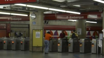 Mulher dá à luz a menino na estação Brás do Metrô de São Paulo