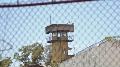 Celular e drogas são apreendidos com visitantes em unidades prisionais de Guarulhos