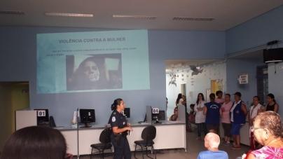 Patrulha Maria da Penha promove palestra em UBS da cidade