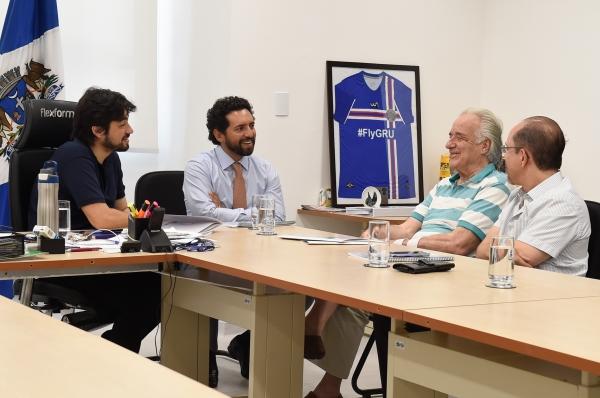 Governo discute proposta de musicalização nas escolas com maestro João Carlos Martins