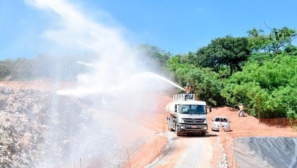 Prefeitura de Guarulhos realiza segunda aplicação do remediador de odores no aterro sanitário