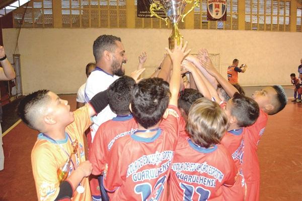 Inscrições abertas para campeonatos de futsal nas categorias menores