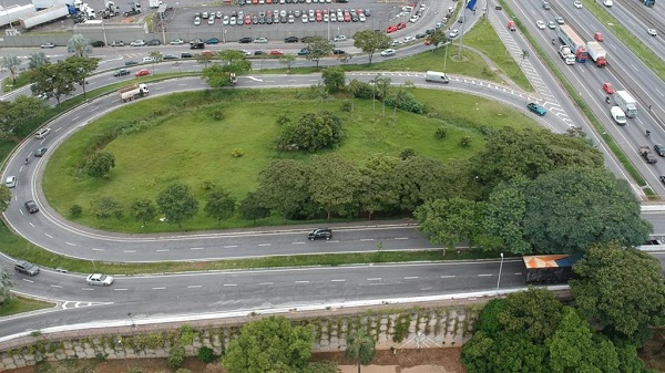 Prefeitura revitaliza as principais entradas da cidade