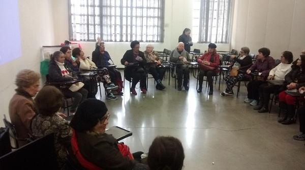"""""""Envelhecimento seguro – prevenção de quedas"""" é tema de palestra no CCI Santa Mena"""