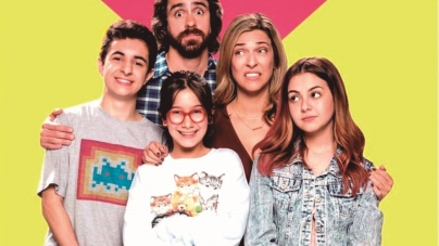 Com Klara Castanho, Warner Channel lança primeira série original de comédia
