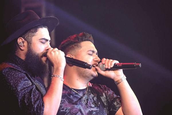 Henrique & Juliano se apresentam em Guarulhos com a turnê 'Menos é Mais'