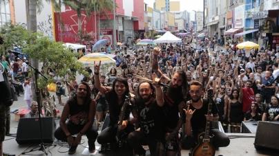CarnaRock leva mais de 2,5 mil pessoas ao centro de Guarulhos