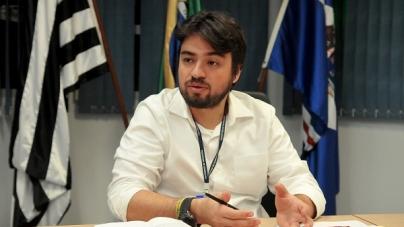 Guti sanciona lei do Regime Próprio