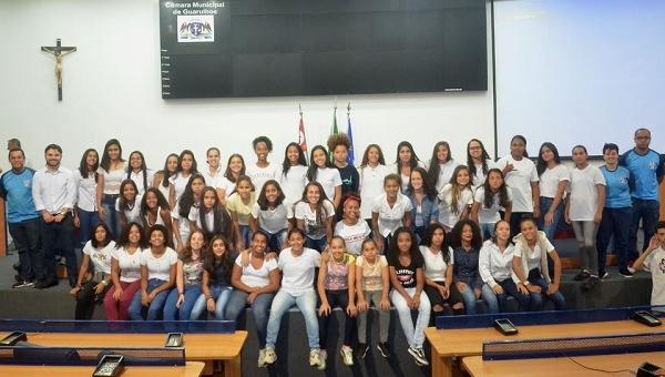 Apresentação do Guarulhense reúne centenas na Câmara