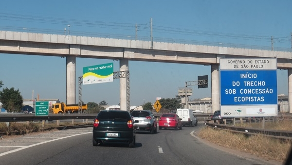 Artesp fiscaliza rodovias Ayrton Senna e Carvalho Pinto e encontra problemas