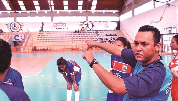 Érico Barbosa avalia equipes femininas do Guarulhense em 2019